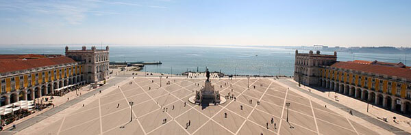 Lisbon Itinerary: Commerce Square